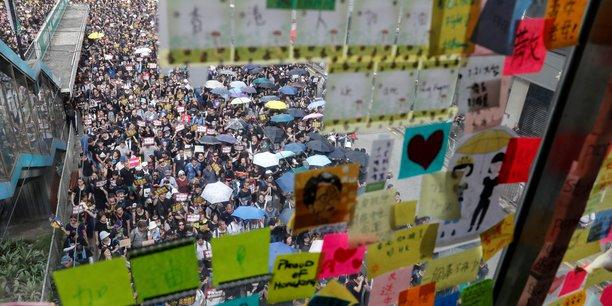 Hong kong: nouveau rassemblement contre le projet de loi d'extradition[reuters.com]
