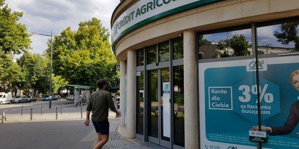 Jean-bernard mas prend la tete de credit agricole en pologne[reuters.com]