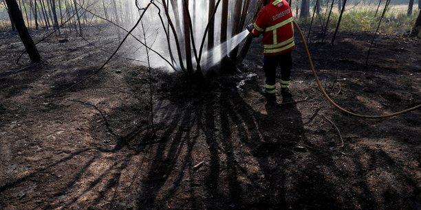 Les feux de foret du centre du portugal en partie sous controle[reuters.com]
