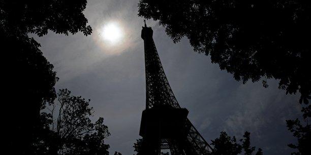 Vague de chaleur, les vehicules polluants bannis de paris mardi[reuters.com]