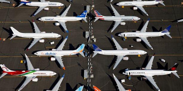 Fitch abaisse la perspective de boeing avec le 737 max[reuters.com]