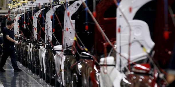 Chine: un rebond modeste du marche auto possible en 2020, selon faurecia[reuters.com]