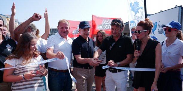 L'inauguration du village French Fab Tour à Lacanau.