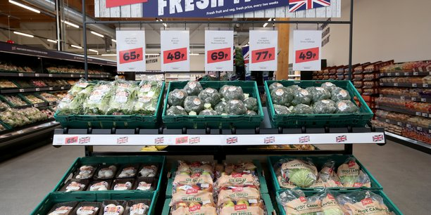 Grande-bretagne: risque de penuries alimentaires apres le brexit[reuters.com]