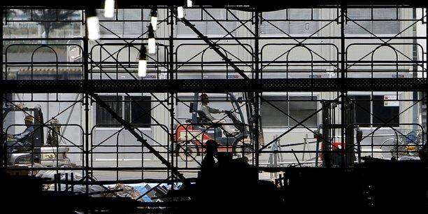 Japon: rebond surprise des commandes d'equipements industriels[reuters.com]