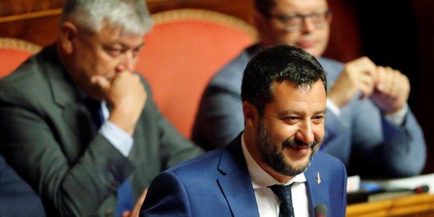 Italie: salvini veut remettre en cause le revenu de citoyennete[reuters.com]