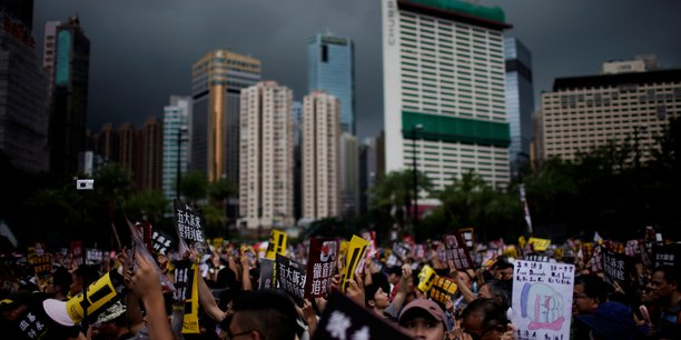 Hong kong se prepare a davantage de manifestations de masse[reuters.com]