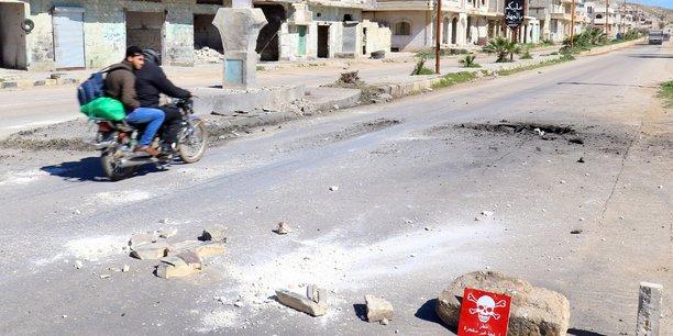 Les rebelles syriens abandonnent khan cheikhoun et la province d'hama[reuters.com]