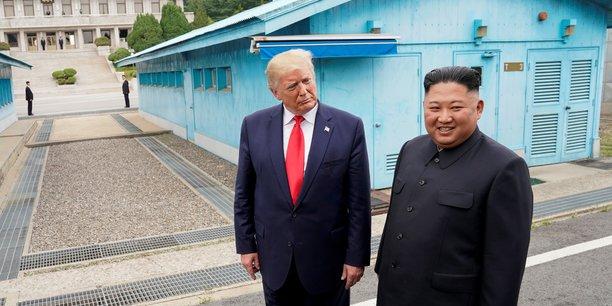 Le dialogue ou la confrontation: la coree du nord met en garde les usa[reuters.com]