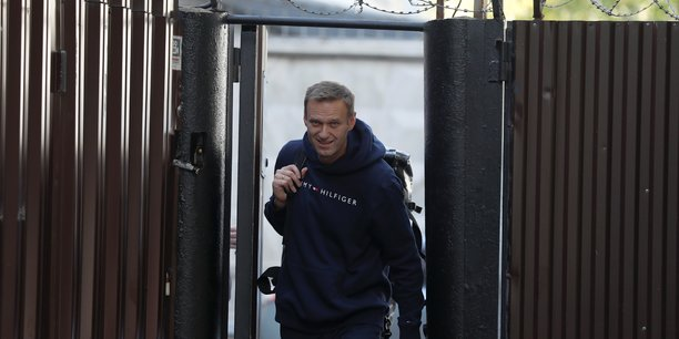 L'opposant russe alexei navalny est sorti de prison[reuters.com]
