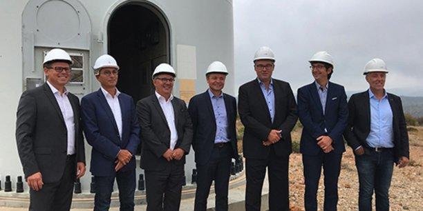 La signature du contrat entre Maïsadour, Agregio et EDF Renouvelables a eu lieu en présence de Philippe Carré (directeur général de Maïsadour), de Sylvain Guédon (directeur général délégué d'Agregio), d'Olivier Roland (directeur d'EDF Commerce pour la région Sud- Ouest) et de David Augeix (directeur Région Sud d'EDF Renouvelables).