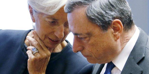 Christine Lagarde en discussion avec Mario Draghi, l'actuel patron de la BCE.
