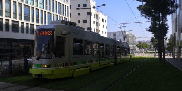 Transdev, via la STAS, exploite le réseau de transports en commun de Saint-Etienne.