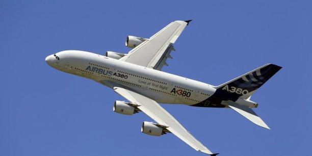 La société de leasing Doric Lease Corp a signé lundi un protocole d'accord portant sur l'acquisition de 20 très gros porteurs Airbus A380 à l'occasion du 50e Salon du Bourget./ Reuters