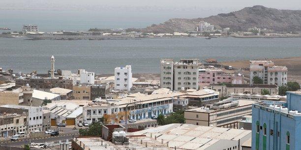 Yemen: ryad reaffirme son soutien au gouvernement face aux separatistes[reuters.com]