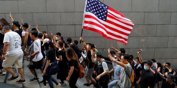 Des manifestants hongkongais reclament l'aide des etats-unis[reuters.com]