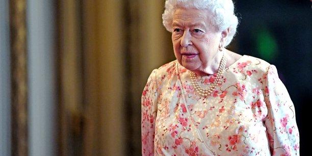 La reine elizabeth promulgue la loi visant a empecher un brexit sans accord[reuters.com]