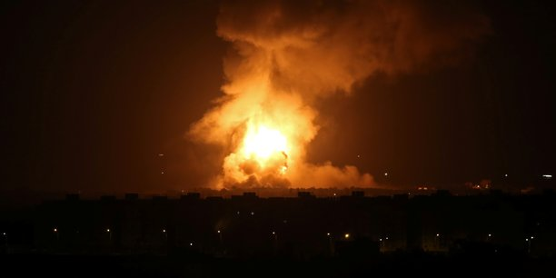 Raids israeliens a gaza apres des tirs de roquettes[reuters.com]