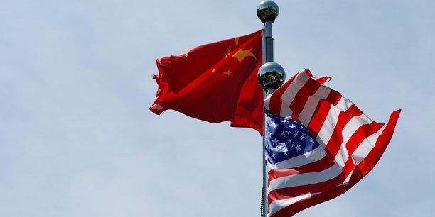 """Les Etats-Unis et la Chine ont fait des """"progrès substantiels"""" pour régler leur différend commercial dit Pékin"""