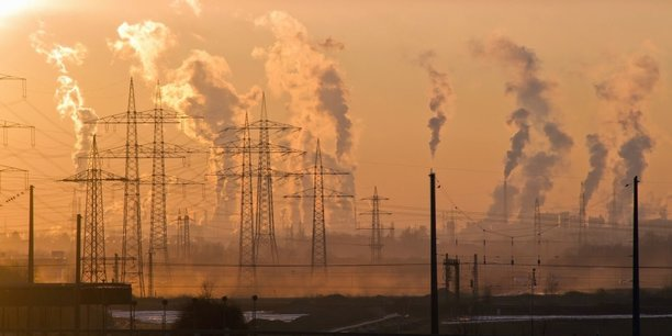 En France, la pollution de l'air génère au moins 48 000 décès prématurés par an.