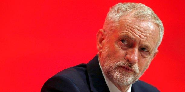 Corbyn promet un referendum sur le brexit, sans preciser sa position[reuters.com]