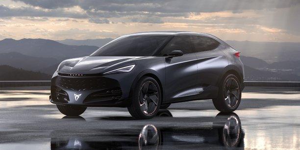 Le concept car présenté à Francfort confirme la volonté de Seat d'aller encore plus loin dans les lignes acérées de Cupra et en faire une marque sportive et agressive avec des véhicules exclusifs.