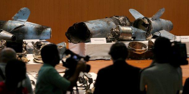 Les restes de missiles et de drones qui, d'après le gouvernement saoudien, ont été utilisés pour attaquer une installation pétrolière Aramco, sont exposés lors d'une conférence de presse à Riyadh, en Arabie saoudite, le 18 septembre 2019.