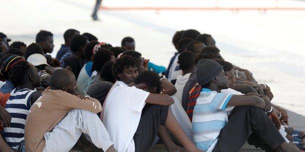Migrants: cinq etats de l'ue s'entendent sur un nouveau plan de repartition[reuters.com]