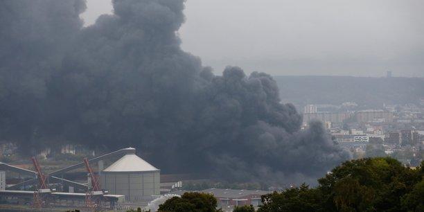 L'incendie du site chimique de Lubrizol à Rouen.