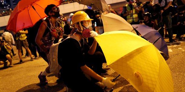Violences a hong kong pour les 5 ans du mouvement des parapluies[reuters.com]