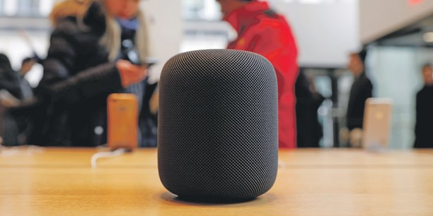 En France, 10 % des internautes possèdent au moins une enceinte Google Home, Amazon Echo ou (photo) Apple Homepod.