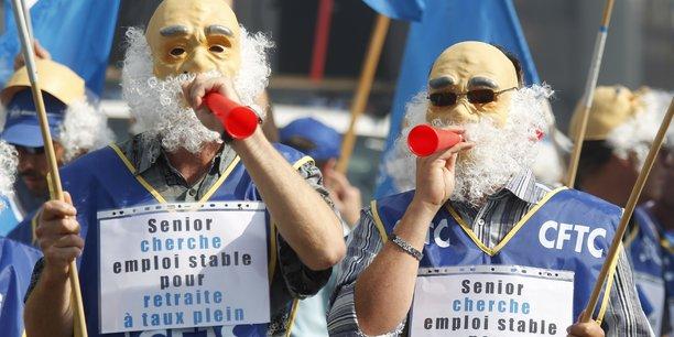 Des manifestants déguisés protestent contre la réforme des retraites à Strasbourg, le 23 septembre 2010.
