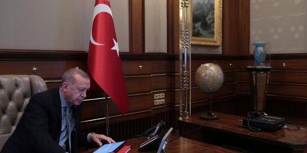 Erdogan menace de laisser les refugies syriens affluer en europe\[reuters.com]