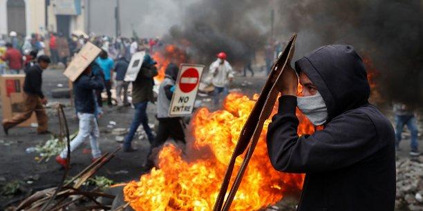 Le president equatorien fait appel a l'armee face aux heurts a quito[reuters.com]