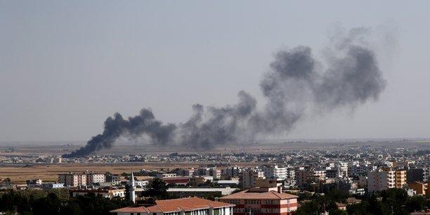 Des familles de membres de daech fuient en masse un camp syrien[reuters.com]