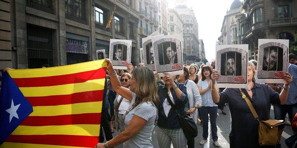 Neuf dirigeants catalans condamnes a des peines de prison[reuters.com]