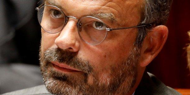 Philippe tente de clore un nouveau debat sur le voile islamique[reuters.com]