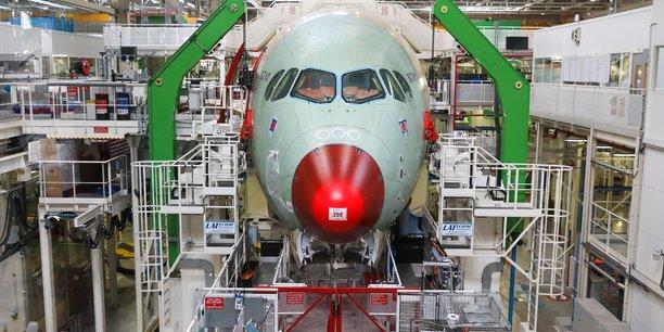 L'avionneur européen Airbus stoppe ses ateliers pour quatre jours.