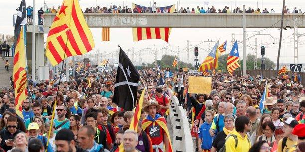 Greve generale en catalogne, defile independantiste a barcelone[reuters.com]