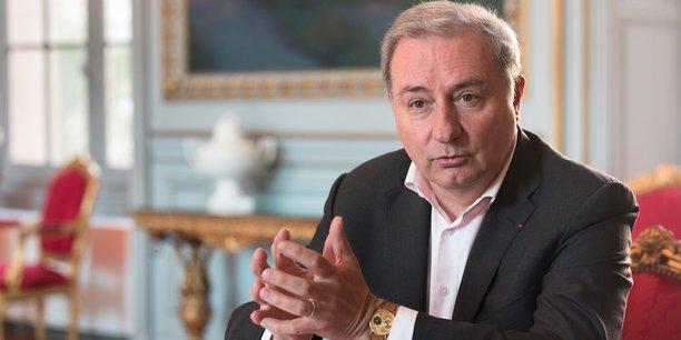 Jean-Luc Moudenc promet une baisse des impôts avec la suppression de la taxe d'habitation