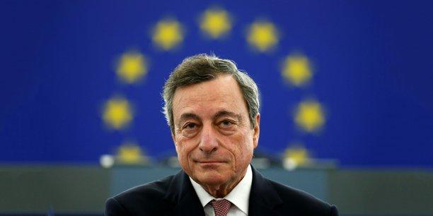 Fin octobre, la Française Christine Lagarde succédera à Mario Draghi (en photo). Elle sera la première femme à occuper le poste au cœur du pilotage de la zone euro.