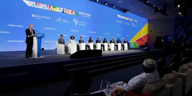 En concurrence avec les autres puissances, que propose la Russie à l'Afrique ?