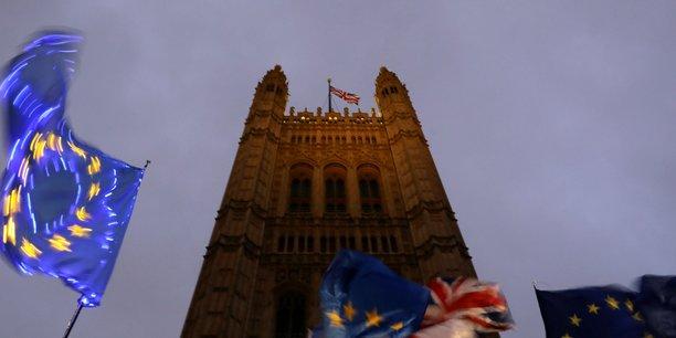 Brexit: les vingt-sept en quete de consensus sur un nouveau report[reuters.com]