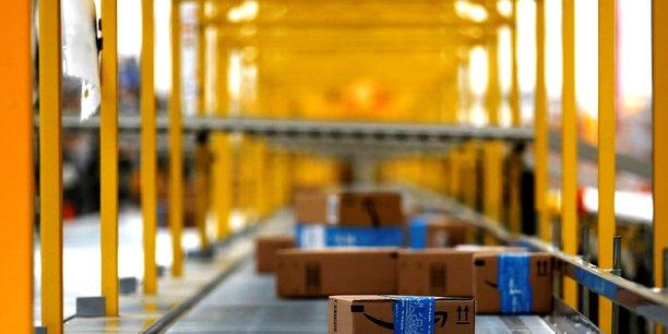 Les ONG entendent transformer le Black Friday en journée noire pour Amazon via des dizaines d'actions en France.