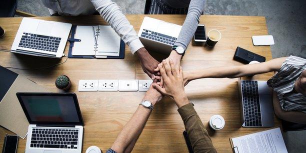 Photo d'illustration. Pour construire la confiance, il faut commencer par distinguer les leaders positifs, les leaders négatifs, les meneurs, les leaders cachés et les suiveurs.