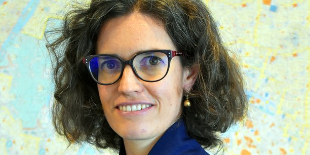 Nommée à son dixième poste en onze ans, Magali Charbonneau est notamment chargée de mettre en musique la mobilisation générale pour l'emploi en Île-de-France.