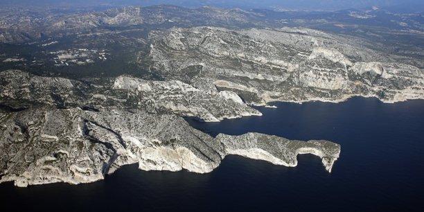 Le parc national des calanques poursuit des braconniers pour prejudice ecologique[reuters.com]