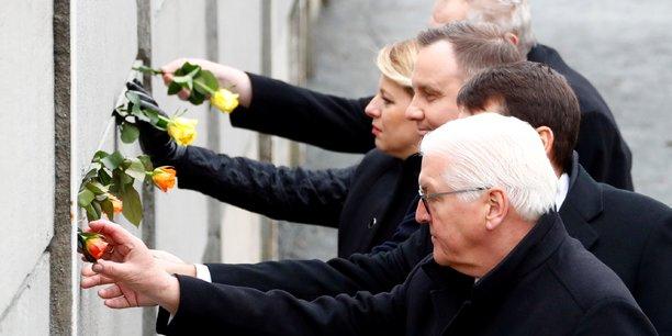 L'allemagne celebre le 30e anniversaire de la chute du mur de berlin[reuters.com]