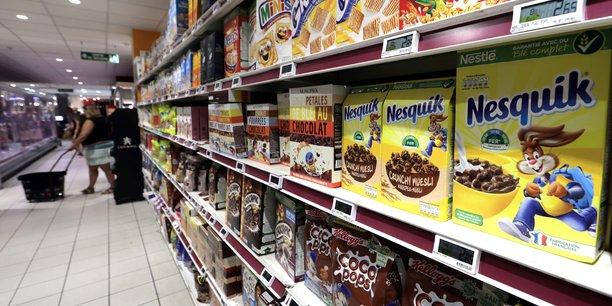 Les commerces alimentaires bientot ouverts jusqu'a minuit[reuters.com]