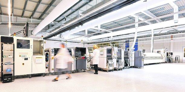 25 millions d'euros vont être investis dans le nouveau site de Lacroix Electronics, dans les Mauges. Une usine qui marque le renouveau de l'industrie électronique angevine.